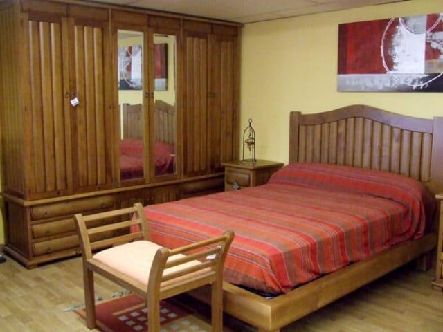 Dormitorio Referencia TRONCOS · Muebles Peñalver