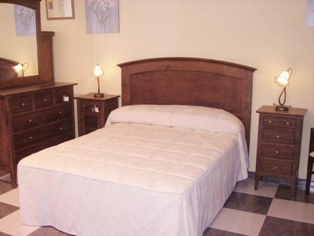Dormitorio Referencia Nogal · Muebles Peñalver